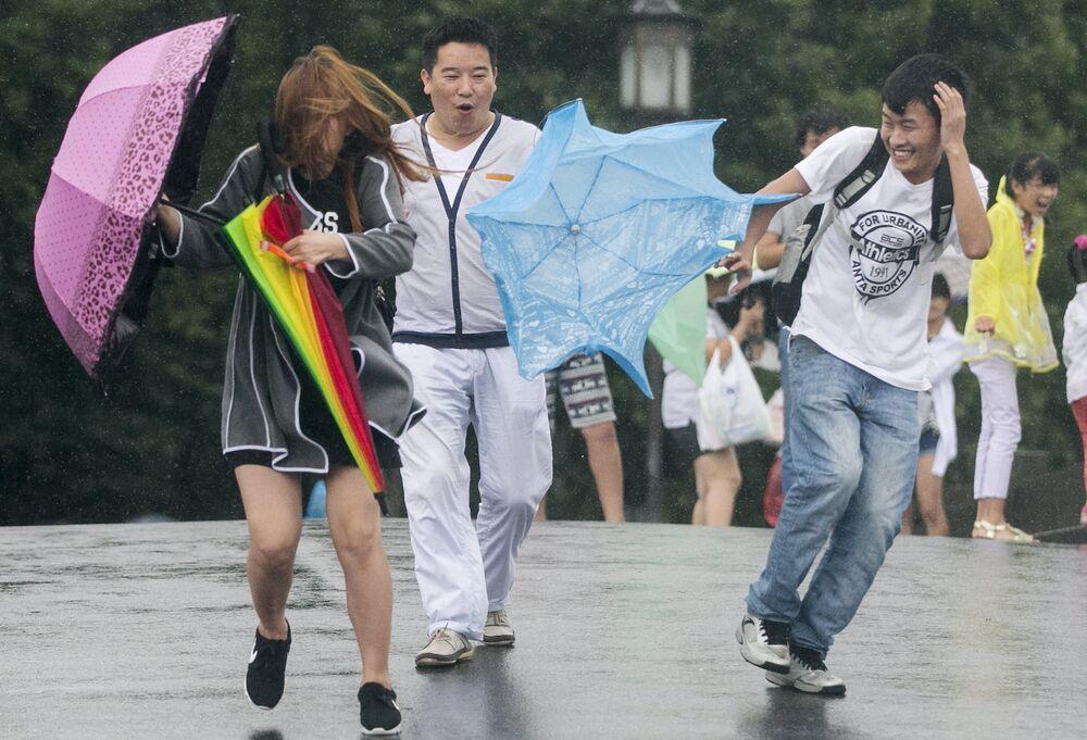 Chan-Hom, typhon d'une puissance record
