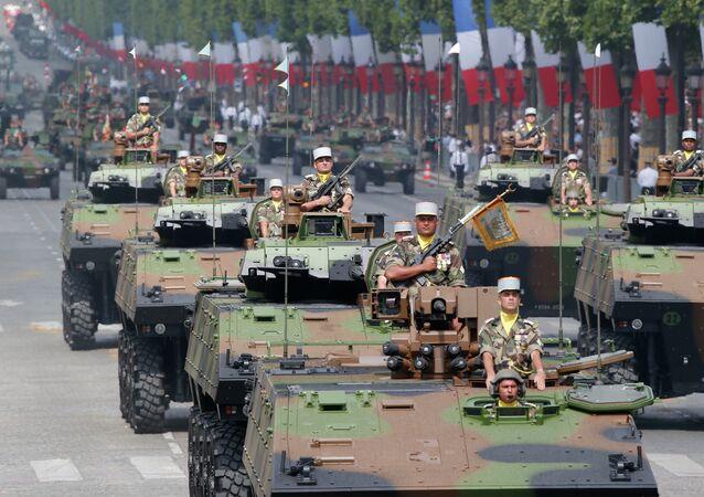 Le défilé militaire du 14 juillet sur les Champs-Élysées