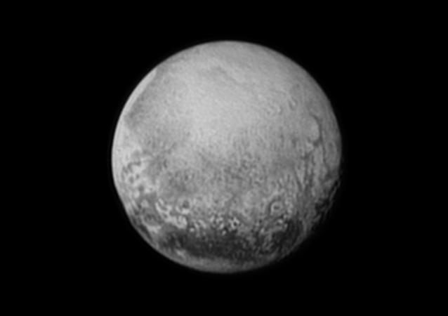 L'ombre d'une planète naine «capturée» par la NASA sur la surface de la Terre