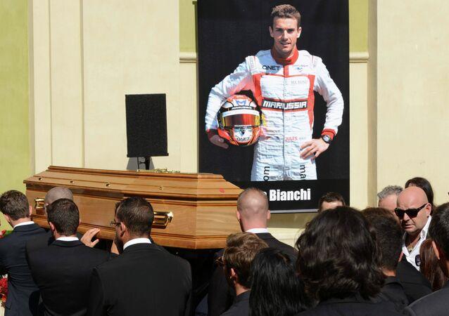 Les adieux à Jules Bianchi à Nice