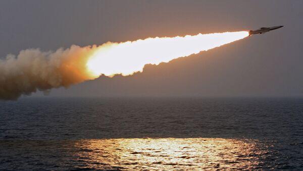 Tir d'un missile hypersonique Moskit - Sputnik France