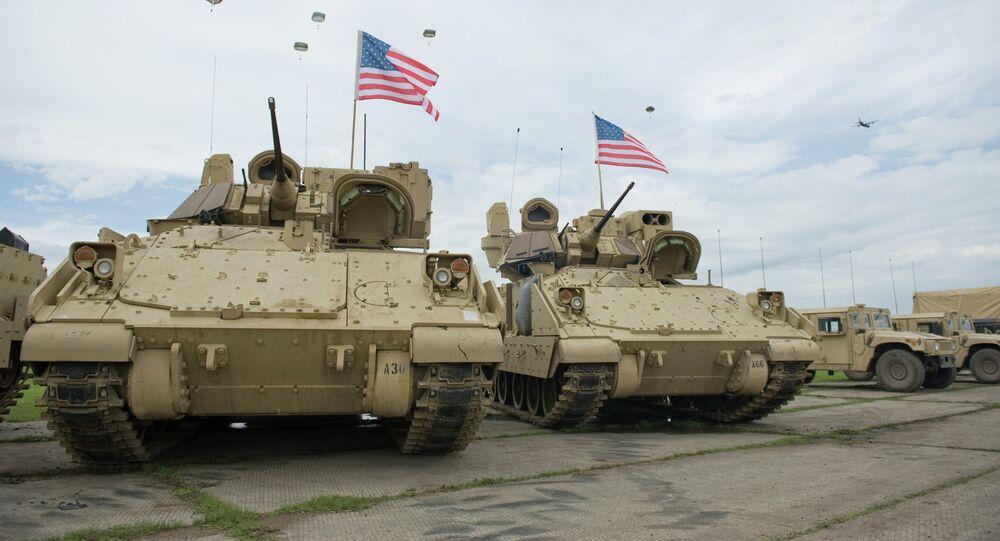 Des véhicules de combat d'infanterie Bradley