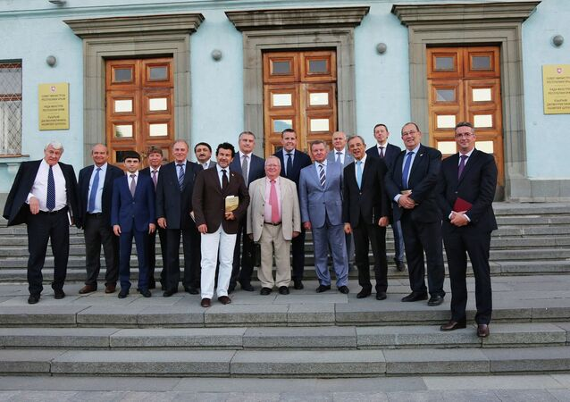 Une délégation de parlementaires français en Crimée
