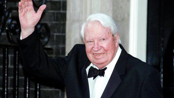 Britain's former Prime Minister Sir Edward Heath arrives at 10 Downing Street, in London Monday, April 29, 2002, where Prime Minister Tony Blair was hosting a celebratory royal Golden Jubilee dinner. - Sputnik France