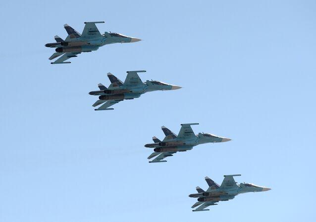 Des Su-34, équipés de systèmes Khibiny