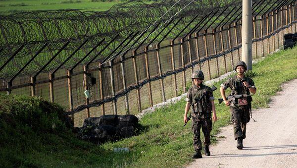 Militaires sud-coréens à la frontière avec le Nord - Sputnik France