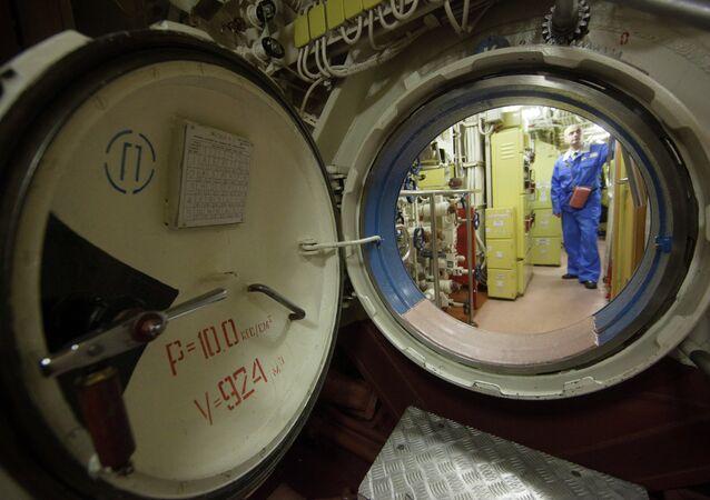 Sous-marin nucléaire russe K-18 Karelia