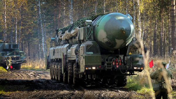 Ракетный комплекс Тополь-М - Sputnik France
