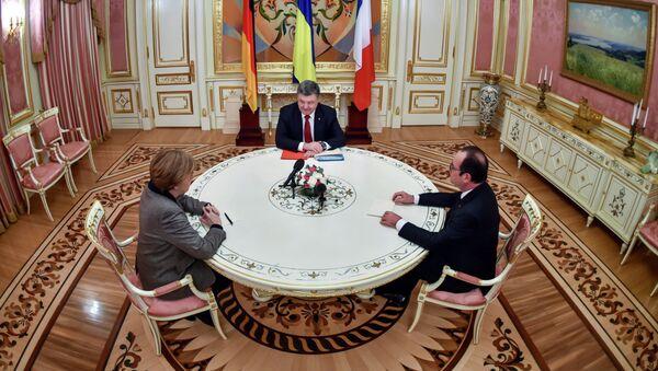 Angela Merkel, Piotr Porochenko et François Hollande (archive photo) - Sputnik France