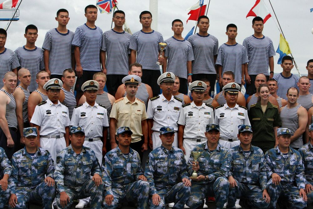 Les exercices militaires russo-chinois Coopération maritime – 2015