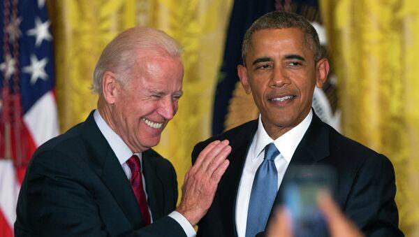 Le vice-Président de l'époque Joe Biden and le Président américain Barack Obama  - Sputnik France