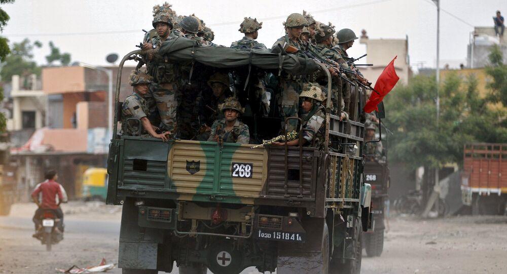 Inde: l'Etat du Gujarat sous haute surveillance militaire après les émeutes