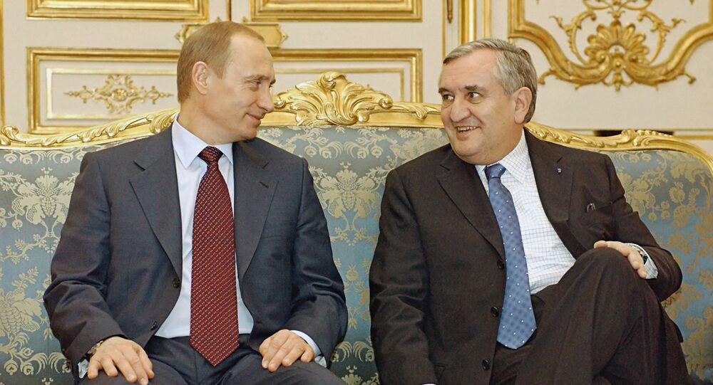 Vladimir Poutine et Jean-Pierre Raffarin en 2003