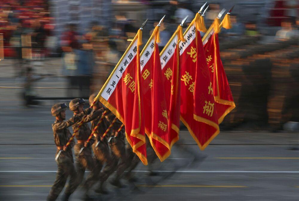 Défilé militaire spectaculaire à Pékin