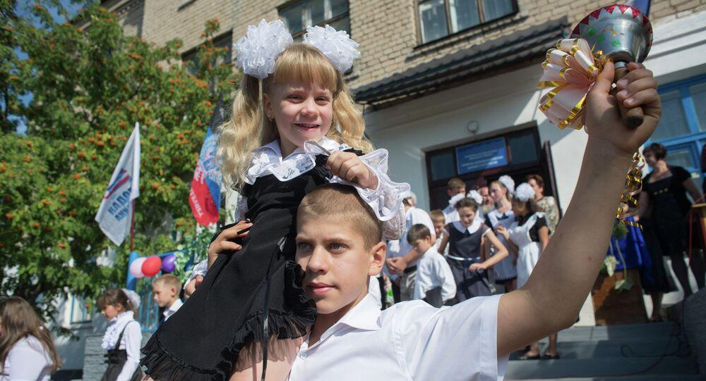 Donbass: rentrée scolaire sous le signe de la paix
