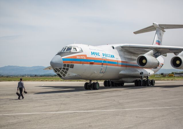 Avion humanitaire russe