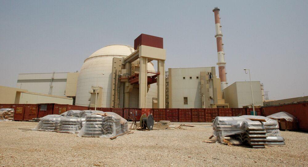 Radars installés à la centrale nucléaire iranienne de Bouchehr (archives)