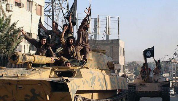 Des combattants de Daech à Raqqa - Sputnik France
