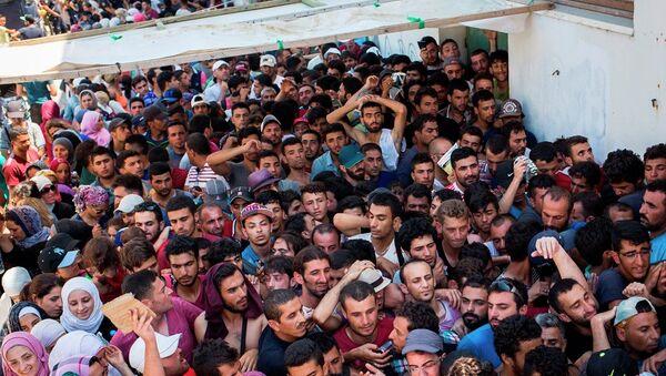 Des migrants en provenance de la Syrie en Grèce - Sputnik France