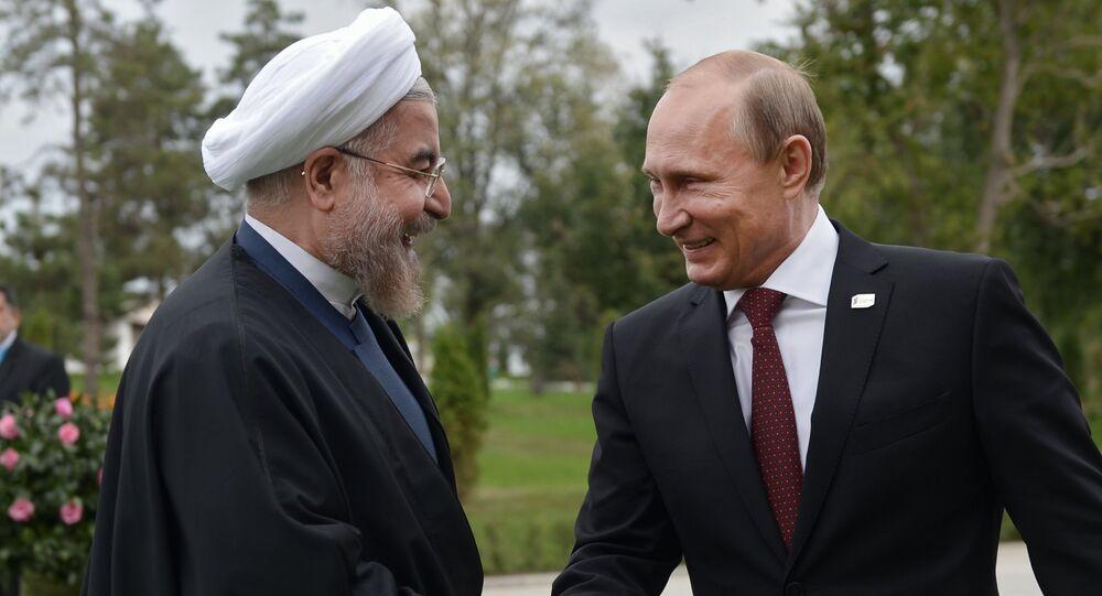 Vladimir Poutine, président russe, et Hassan Rohani, président iranien