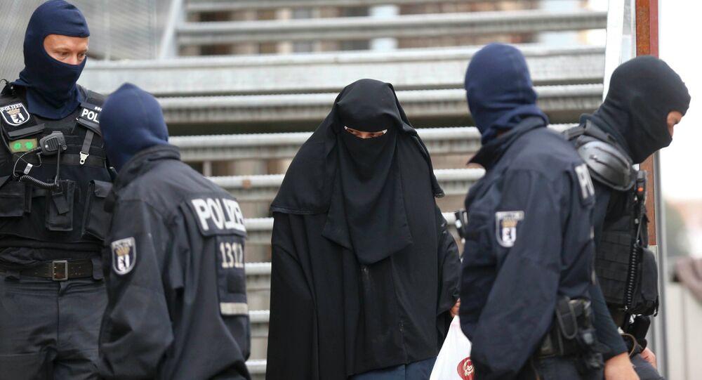 La police de Berlin lors du raid du 22 septembre 2015