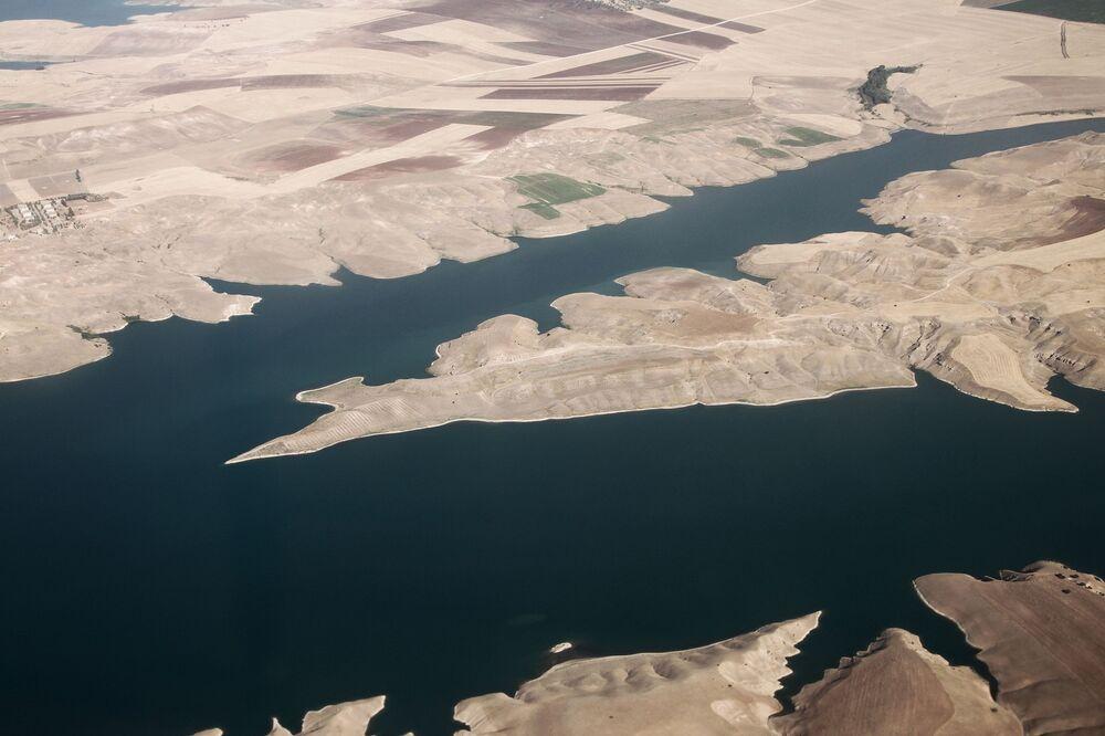 Le fleuve Euphrate vu depuis un avion