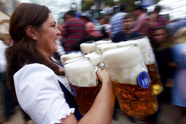 Oktoberfest 2015: Munich se transforme en brasserie géante - Sputnik France