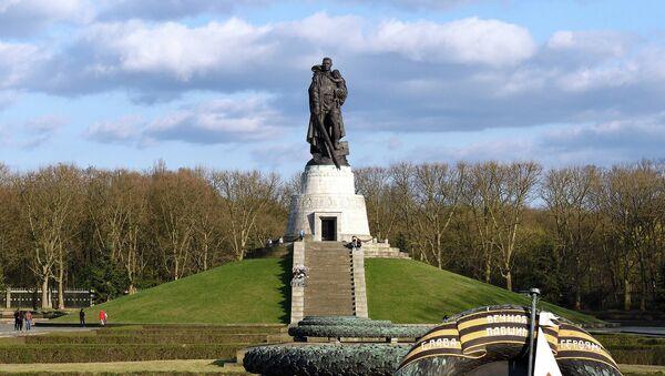 Mémorial soviétique du Treptower Park - Sputnik France