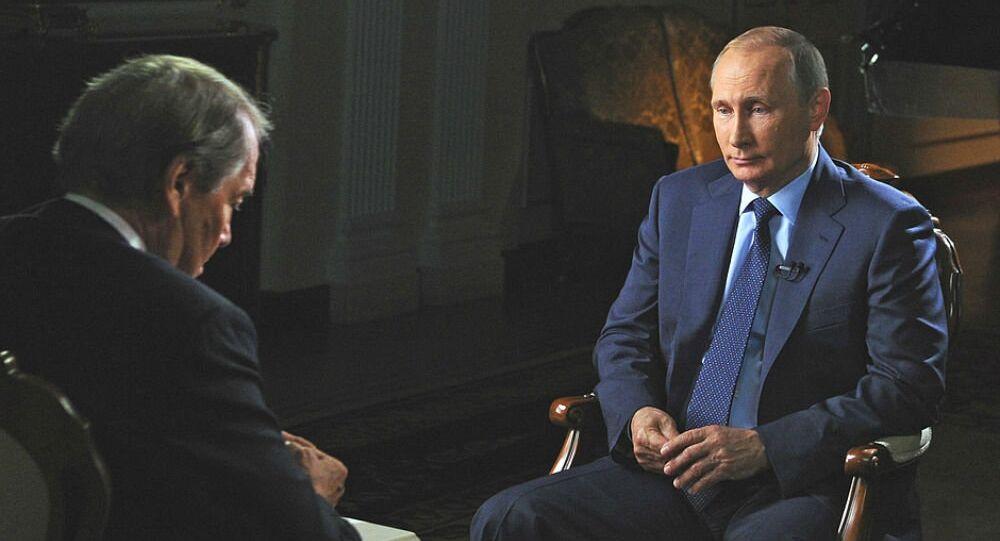 Interview avec le président russe Vladimir Poutine. Archive photo