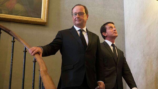 Manuel Valls voit François Hollande se suicider - Sputnik France