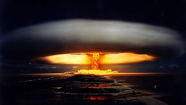 Explosion einer Atombombe - Sputnik France