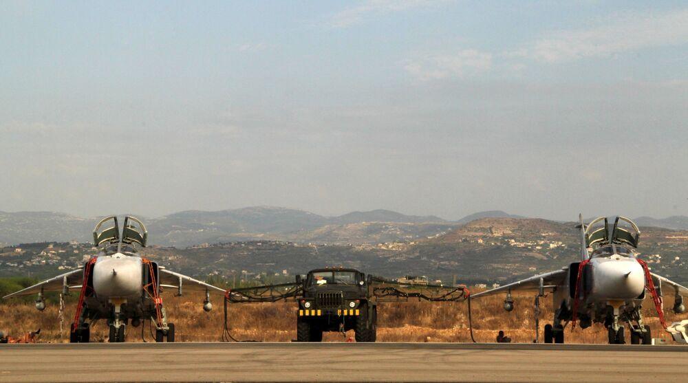 L'aviation d'attaque russe à l'aérodrome syrien de Hmeimim