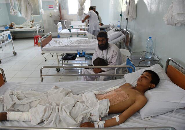 Enfant d'Afghanistan à l'hôpital MSF de Kunduz. Archive photo