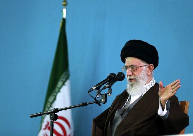 Le guide suprême de la Révolution islamique, l'ayatollah Ali Khamenei