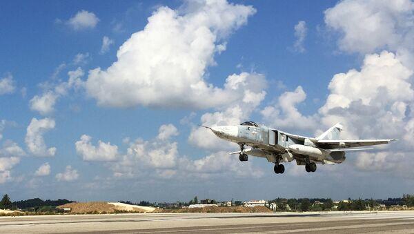 Российская боевая авиация на аэродроме Хмеймим в Сирии - Sputnik France