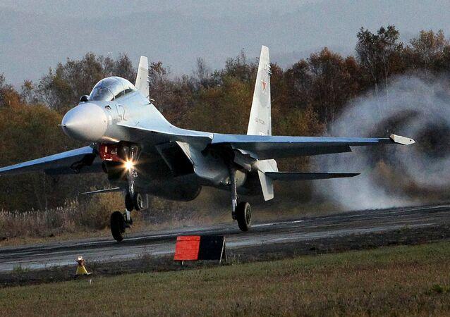 l'avion de combat russe Su-30SM