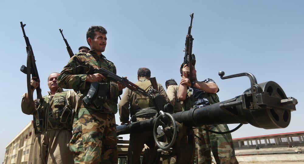 Des combattants kurdes