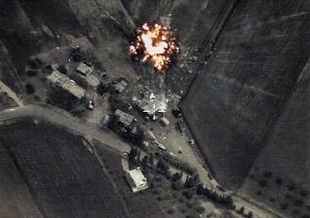 Frappes russes contre l'EI en Syrie