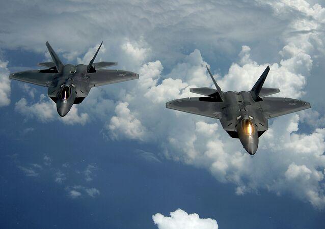 Chasseur américain furtif F-22 Raptor