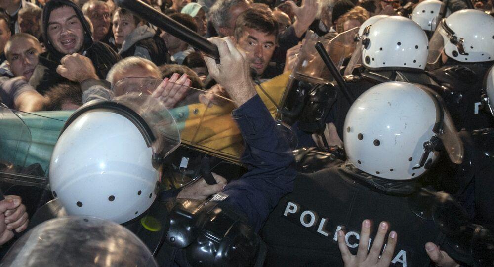 Manifestation anti-Otan au Monténégro