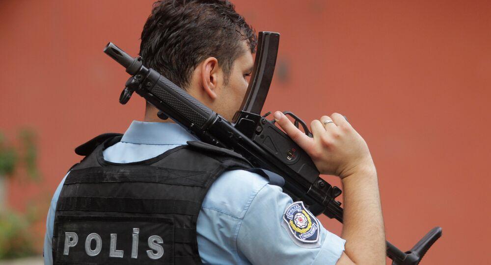 Policier turc