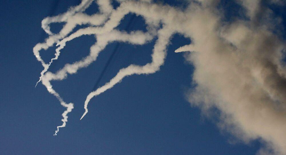 Fumée d'un missile balistique