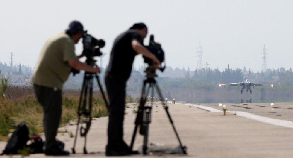 Les médias occidentaux en visite sur la base russe en Syrie