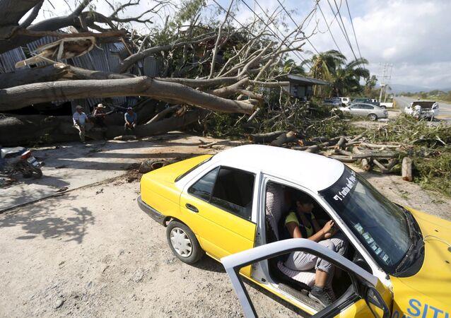 L'ouragan du millénaire laisse des traces indélébiles au Mexique