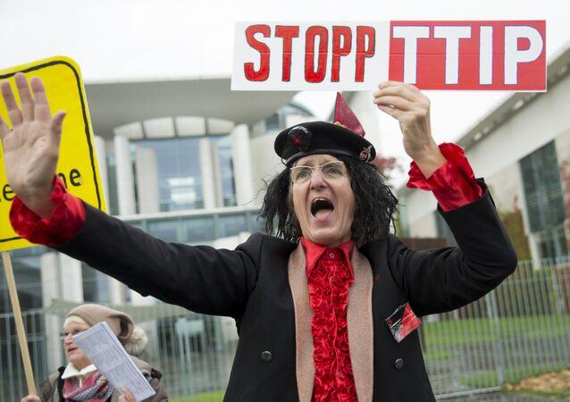 Le président du Bundestag menace de ne pas signer le TTIP