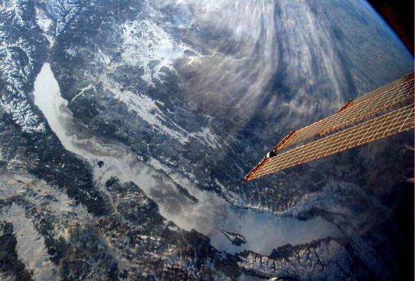 15 ans de présence humaine en continu: les meilleures photos de l'ISS - Sputnik France