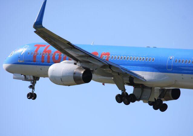 Un avion de Thomson Aitways