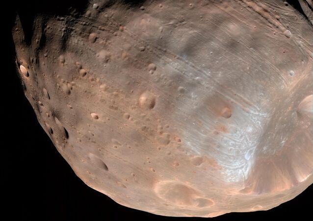 Phobos, l'une des deux lunes de Mars