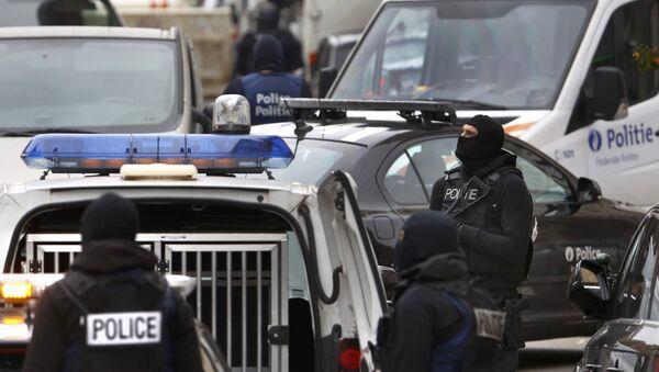 La police belge effectue une perquisition dans la commune de Molenbeek - Sputnik France