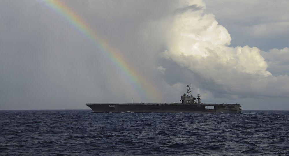 Le porte-avions USS Harry Truman